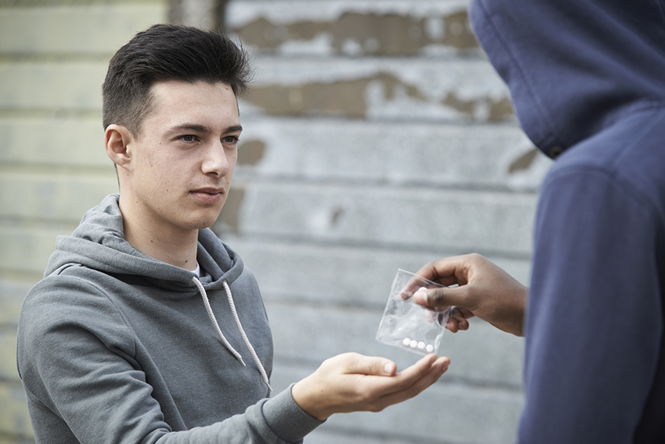 مصرف مواد وسوسه